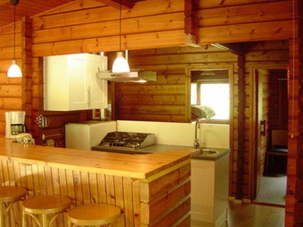 Keuken-Finse-bungalow-Bronzen-Emmer