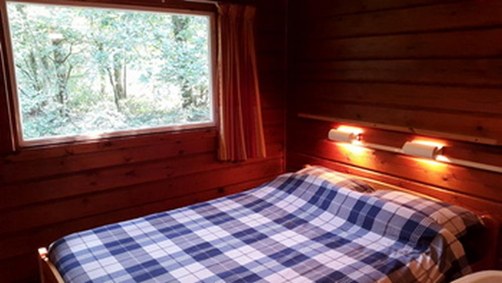 Slaapkamer-4--en-6-pers.-bungalow-Bronzen-Emmer