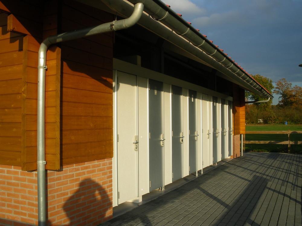 Sanitair-op-de-Bronzen-Emmer-6
