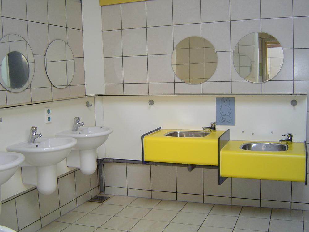 Sanitair-op-de-Bronzen-Emmer-8