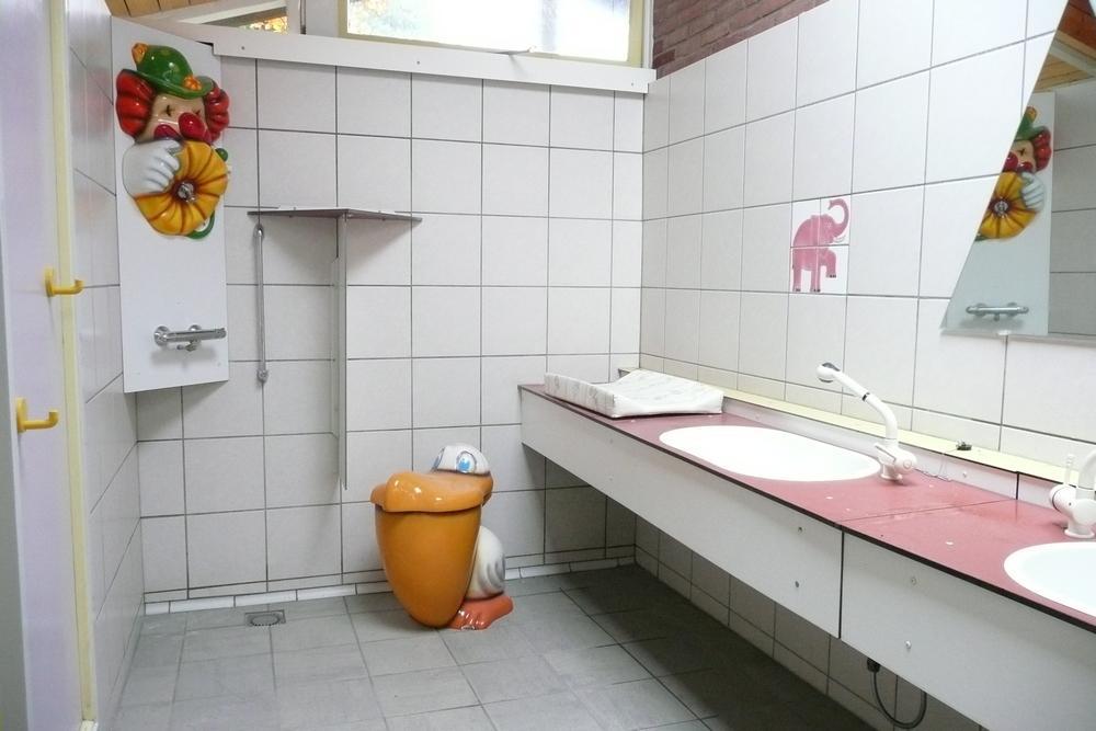 Sanitair-op-de-Bronzen-Emmer-9